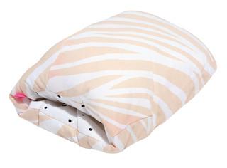 Kojicí polštářek rukávník Motherhood - růžová zebra